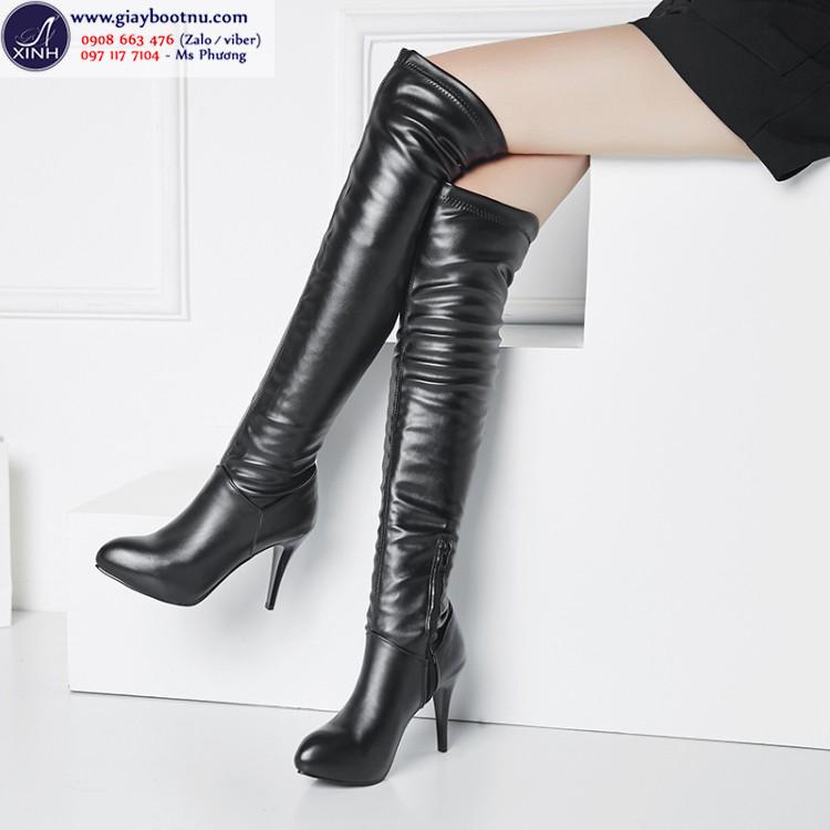 Giày boot nữ da ôm chân màu đen cổ cao sành điệu GBN10601