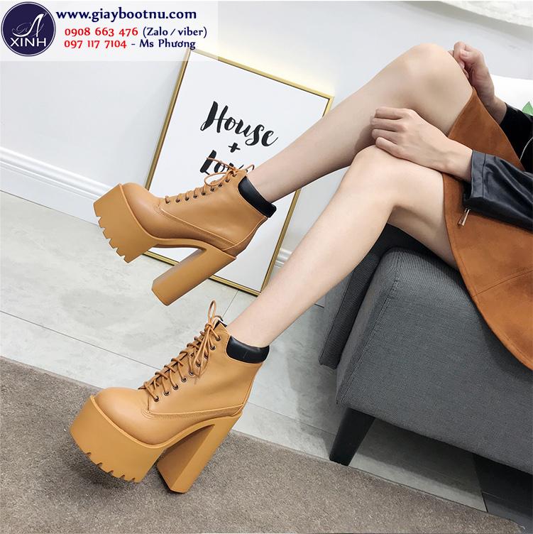 Boot nữ đế vuông tôn dáng 15cm màu da bò GBN19202