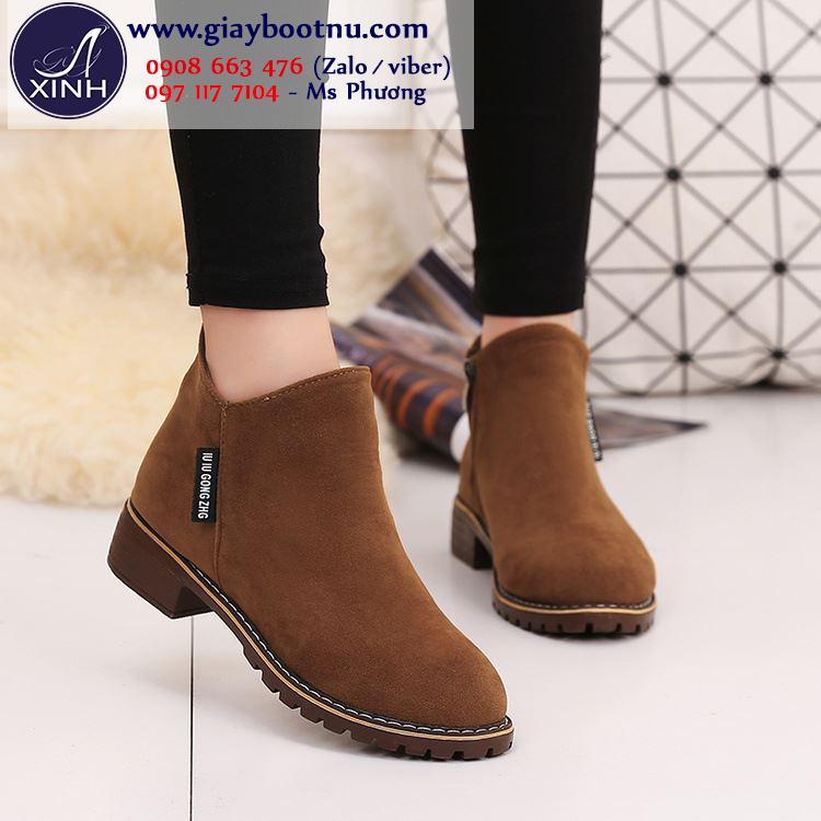 Giày boot nữ cổ ngắn đế trệt màu da bò GBN19903